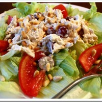 Good Chicken Salad Salad – With Grapes and Pine Nuts