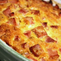Ham and Cheese Crustless Quiche Recipe (with Spinach, too!)