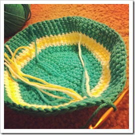 crocheting a tea pot