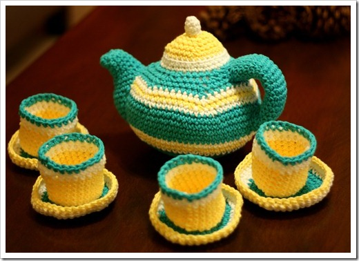handmade gifts for toddlers and preschoolers - crocheted tea set