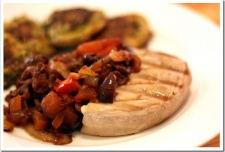 Tuna Steaks with Pepper-Olives Medley