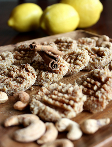 Raw Lemon Cashew Cookies