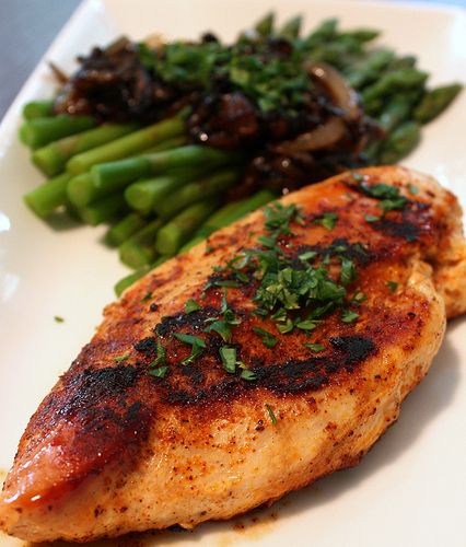 Spicy Chicken Rub and Asparagus w/Caramelized Balsamic Onions