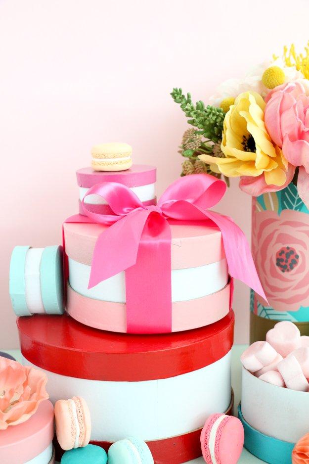 macaron valentine boxes
