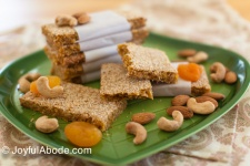 Summer Treats – Thai Tea Popsicles, Peach Pie Popsicles, Apricot Cashew Bars